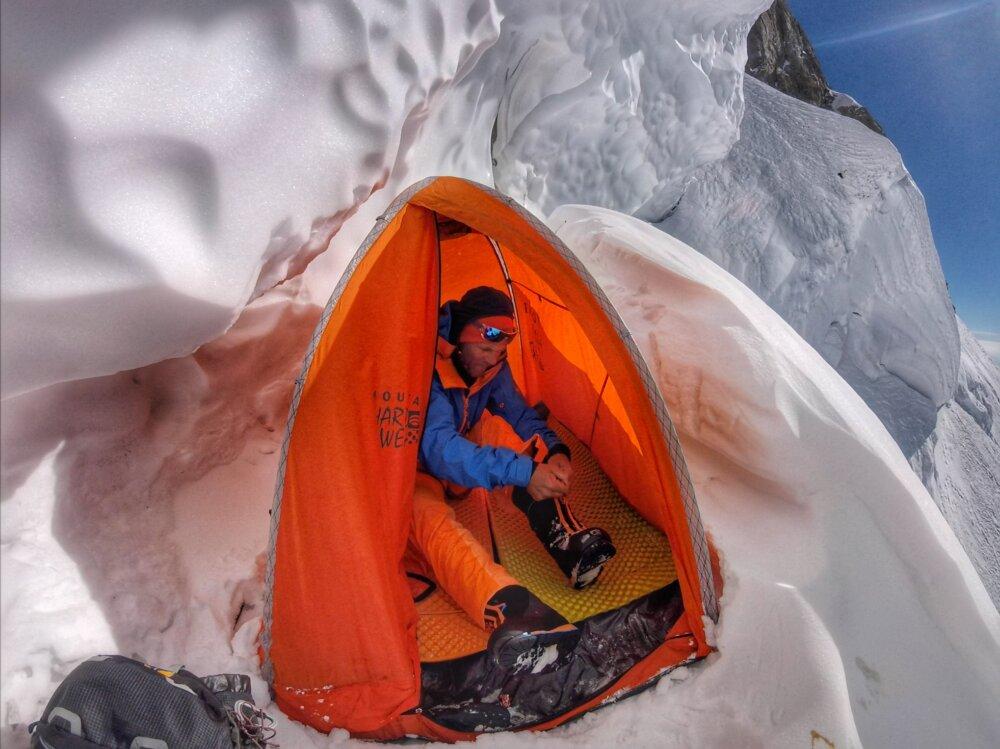 Tomas Petrecek - Nanga Parbat 2018 - bivak v 7000 m.n.m.